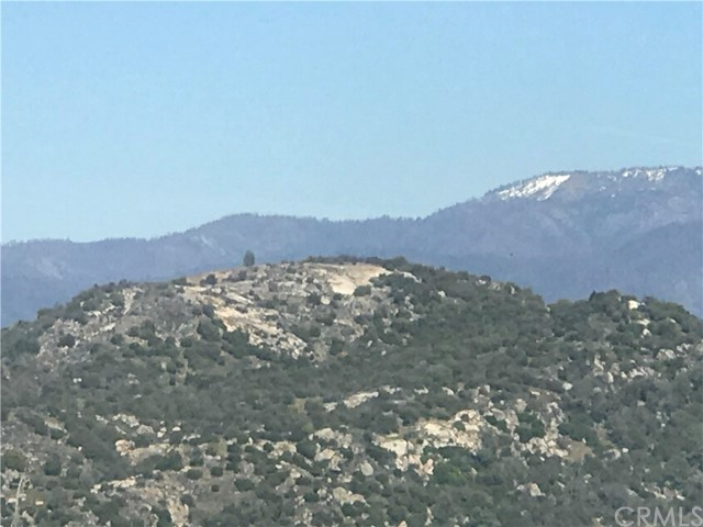 45 Lookout Mountain Road, Mariposa CA: http://media.crmls.org/medias/6fe2688b-6773-4874-9b15-9b9cc963bcf9.jpg