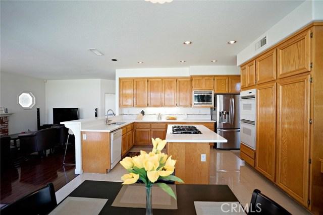 1720 Morning Terrace Drive, Chino Hills CA: http://media.crmls.org/medias/6fe70cae-a1ef-4272-8ade-24d7dd205cc0.jpg