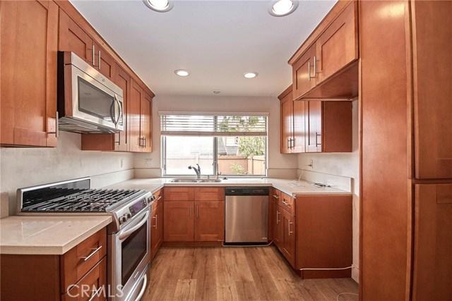 1745 Avenida Selva, Fullerton CA: http://media.crmls.org/medias/6fe9dfe4-8fbf-4651-99f1-aa03e90e0716.jpg