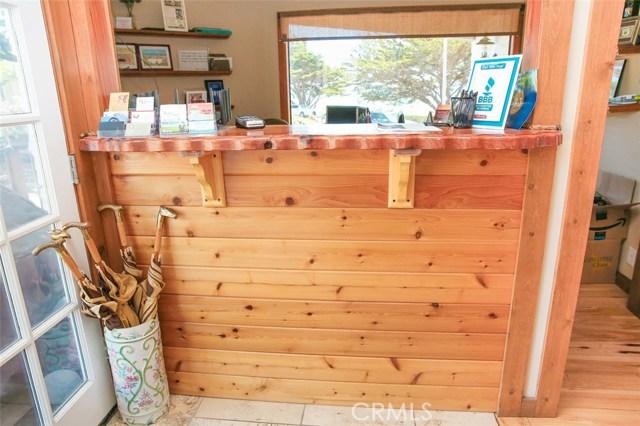 6736 Moonstone Beach Drive, Cambria CA: http://media.crmls.org/medias/6ff0f011-c813-48d1-8be9-3fb78d33af35.jpg