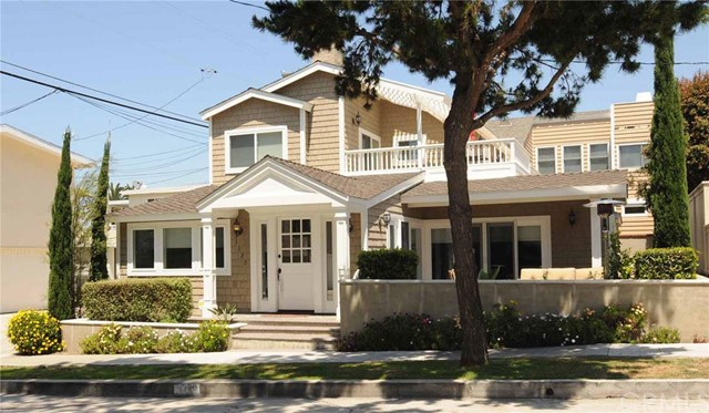 Single Family Home for Rent at 3320 Seaview St Corona Del Mar, California 92625 United States