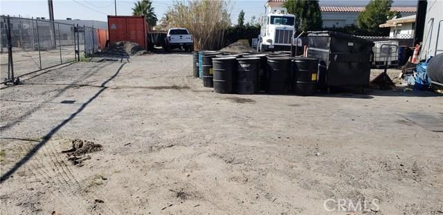 27381 5th Street, Highland CA: http://media.crmls.org/medias/701800bb-43d9-4607-b10e-09cbe45846aa.jpg
