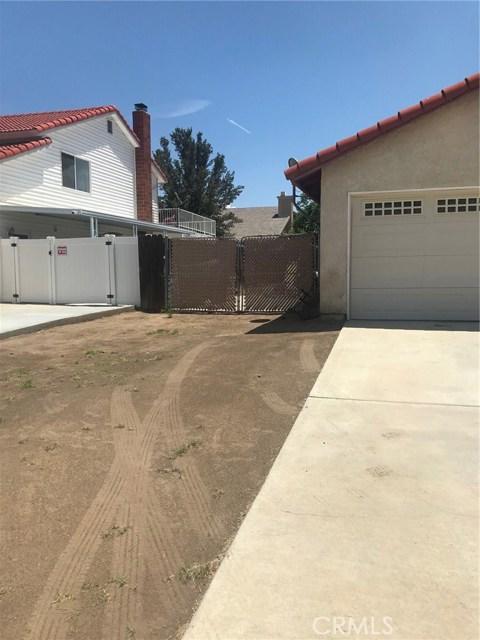29584 Brookfield Drive, Menifee CA: http://media.crmls.org/medias/701957cc-9a13-48b9-aed2-b7817a307960.jpg