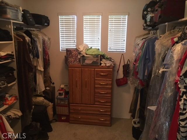 4096 Equestrian Lane, Norco CA: http://media.crmls.org/medias/7029a2d6-1a50-48e0-8bd1-b84a4f8c7574.jpg