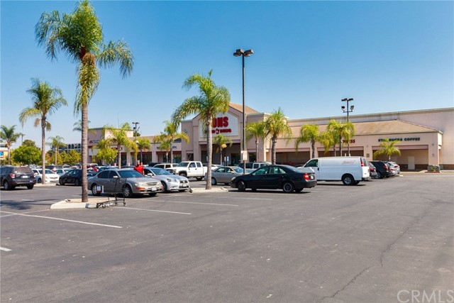 4515 California Avenue, Long Beach CA: http://media.crmls.org/medias/702dc424-6b0a-4eef-8c32-924814d012f4.jpg