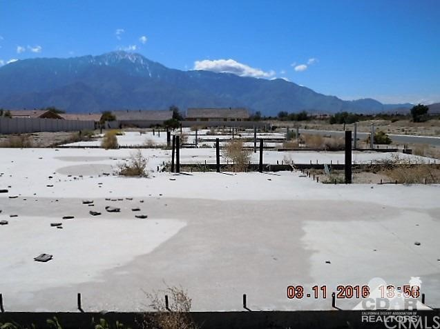 0 Bald Eagle Lane, Desert Hot Springs CA: http://media.crmls.org/medias/702fceeb-ac23-444f-95b2-8fb4493e6c75.jpg
