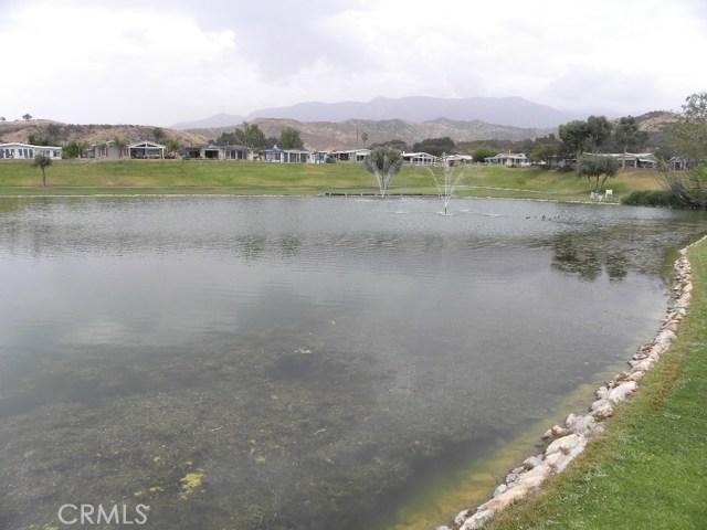 40897 Laredo, Cherry Valley CA: http://media.crmls.org/medias/7036d472-c9ff-49a2-b962-b482bd4868b3.jpg