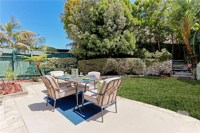 Additional photo for property listing at 1616 Magnolia Avenue  Manhattan Beach, Californie,90266 États-Unis