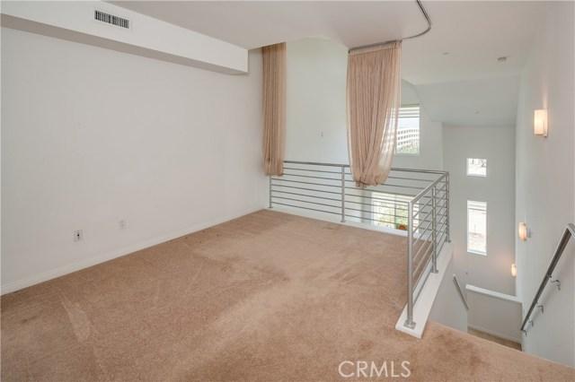 583 Rockefeller, Irvine, CA 92612 Photo 6