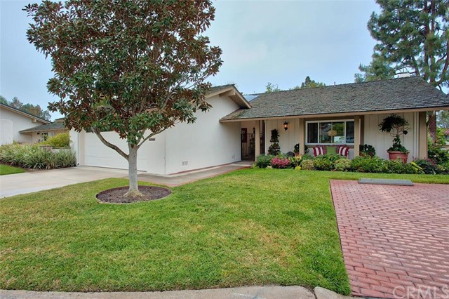 Photo of 505 Avenida Ladera, Newport Beach, CA 92660