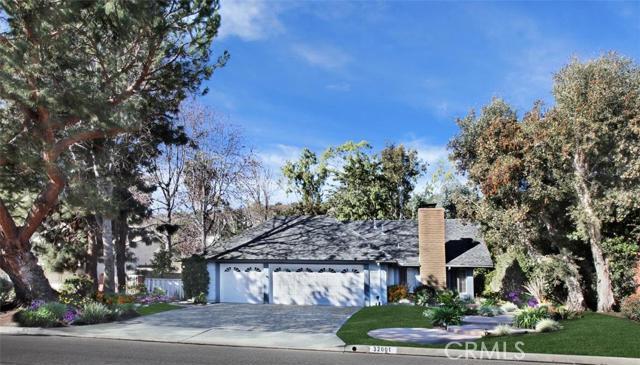 Single Family Home for Rent at 32001 Via De Linda St San Juan Capistrano, California 92675 United States