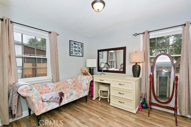 6603 Broadway Avenue, Whittier CA: http://media.crmls.org/medias/706eeaf2-97d6-4809-883b-0b6ad9f6e0f7.jpg