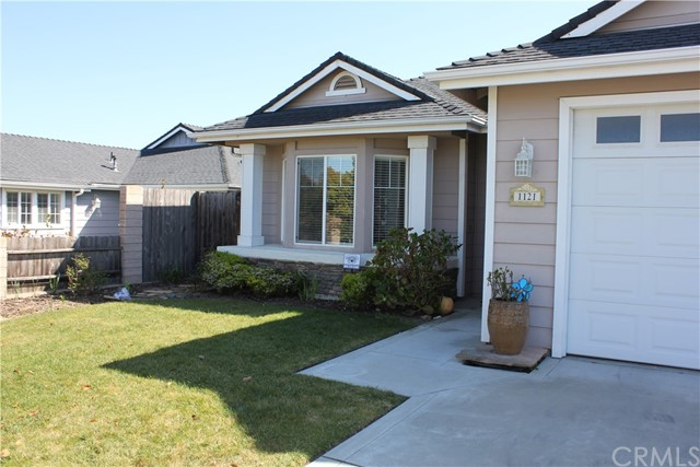 1121 Marseille Court, Grover Beach, CA 93433