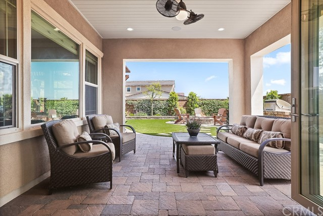 22 Volar Street, Rancho Mission Viejo CA: http://media.crmls.org/medias/7076c682-c3e2-4ea9-b5c2-c84520c2f668.jpg