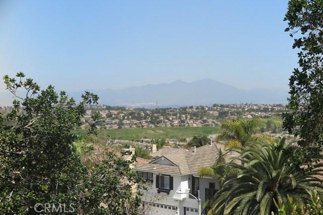 17 Elderberry, Aliso Viejo CA: http://media.crmls.org/medias/70775840-01f5-42db-9481-6324755e37d0.jpg