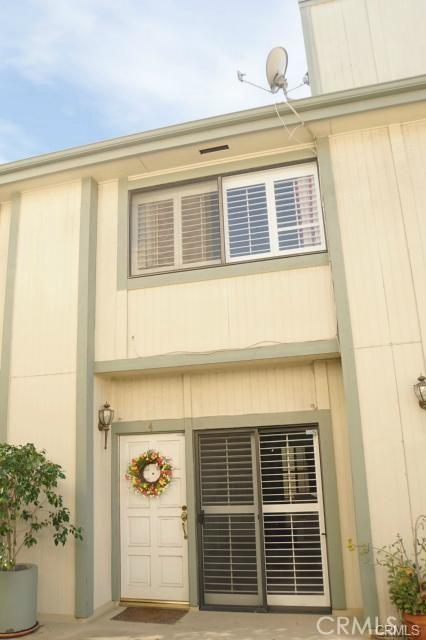 Photo of 22865 Del Valle Street #14, Woodland Hills, CA 91364