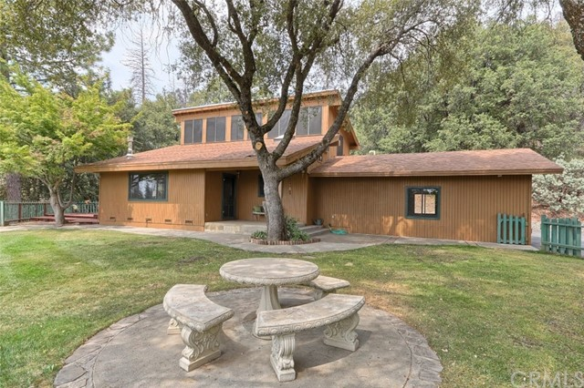 Single Family Home for Sale at 5179 Worman Ahwahnee, California 93601 United States