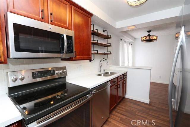 1620 N San Fernando Boulevard Unit 19, Burbank CA 91504