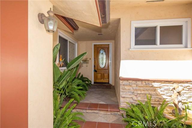 6821 E 9 Street, Long Beach CA: http://media.crmls.org/medias/707f60d6-2518-42f6-839f-50b59e409a36.jpg