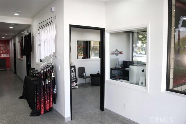 250 N Orange Avenue, Brea CA: http://media.crmls.org/medias/7086230b-b4b8-479b-86ef-3776d1450bc1.jpg
