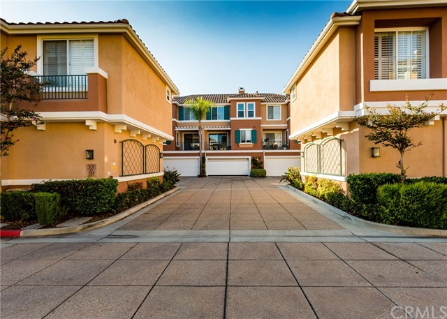 305 Marinella Aisle Irvine, CA 92606 - MLS #: OC17207989
