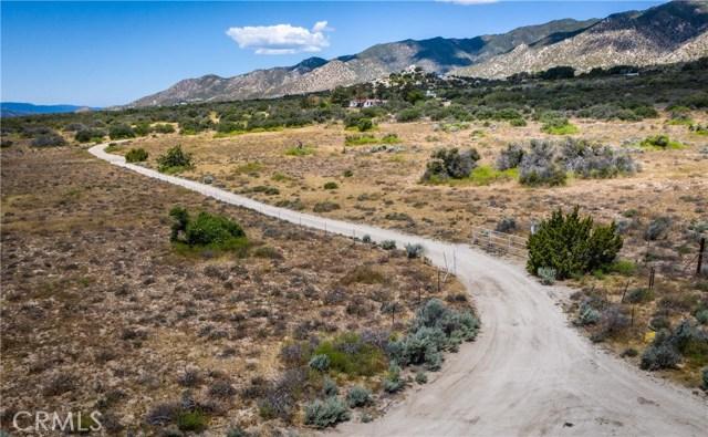 38240 Montezuma Valley Road, Ranchita CA: http://media.crmls.org/medias/70928044-de74-409a-9ae1-4684be2863a5.jpg