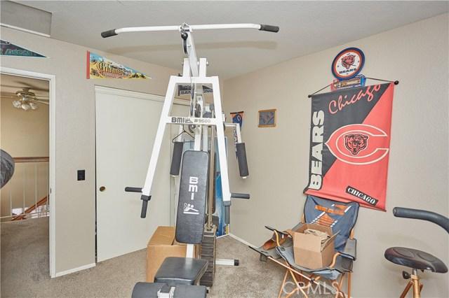 15900 Ninya Avenue, Moreno Valley CA: http://media.crmls.org/medias/70961d36-7f00-4273-9926-e84c870b3545.jpg