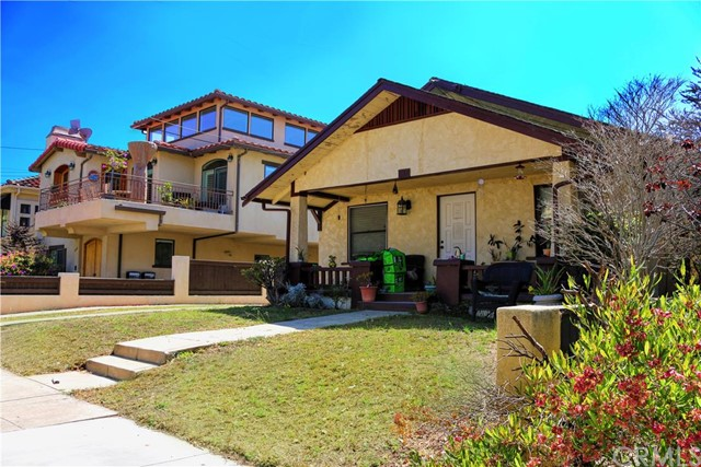 217 S Francisca Avenue Redondo Beach, CA 90277 is listed for sale as MLS Listing SB16138879