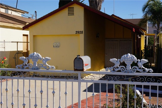 2928 South Denison Avenue San Pedro CA  90731