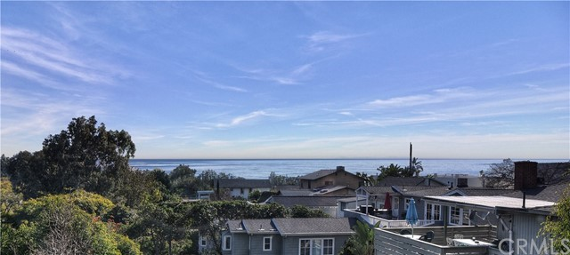 795 Saint Anns Drive Laguna Beach, CA 92651 is listed for sale as MLS Listing LG16744864