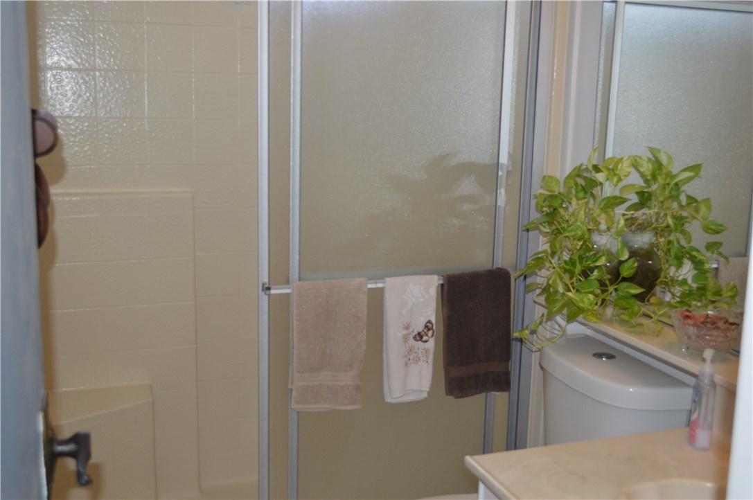 1256 Harbor Lake Avenue, Brea CA: http://media.crmls.org/medias/70b0da2e-1345-4a70-b287-45cbd28b9200.jpg