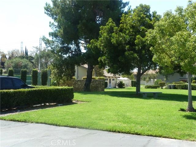 700 E Taft Avenue, Orange CA: http://media.crmls.org/medias/70bfbeb8-c820-45da-9d54-4797c09adfe4.jpg