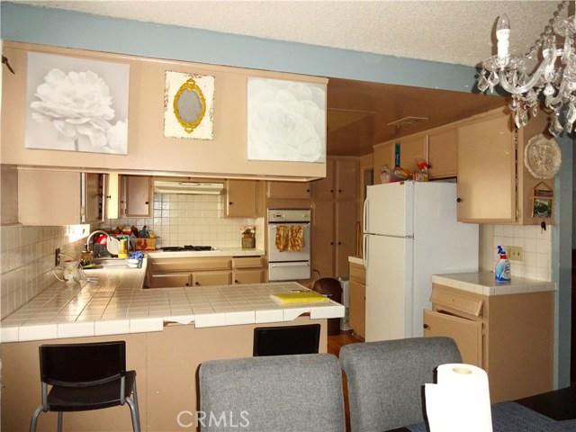 529 W Santa Cruz Street, San Pedro CA: http://media.crmls.org/medias/70c2df23-1ba1-489e-b853-2749e703a20b.jpg