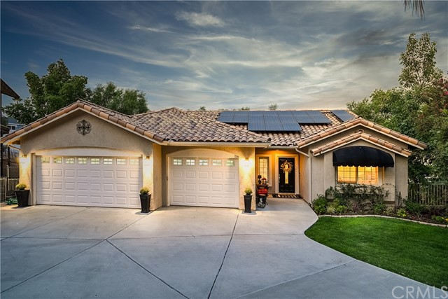 Photo of 22570 Pin Tail Drive, Canyon Lake, CA 92587