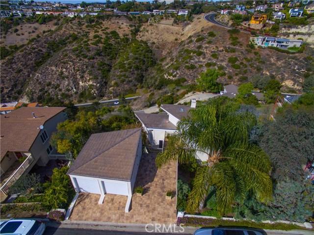 2050 San Remo Drive, Laguna Beach, CA 92651