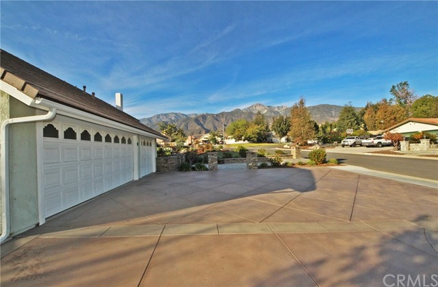 5886 Elmhurst Avenue Alta Loma, CA 91737 is listed for sale as MLS Listing CV18006291