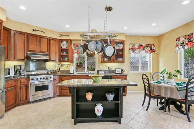 3455 Lake Shore Avenue Fallbrook, CA 92028 - MLS #: SW18135420