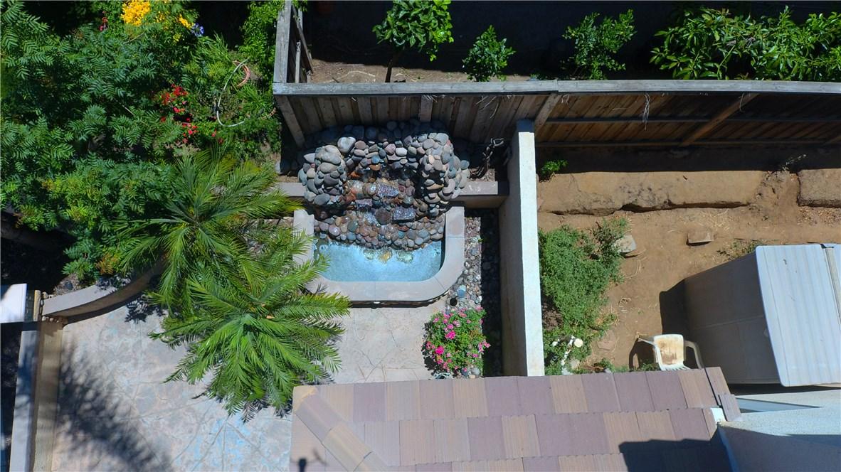 8371 Attica Drive, Riverside CA: http://media.crmls.org/medias/71014b61-9512-479c-8540-2b8352453ce8.jpg