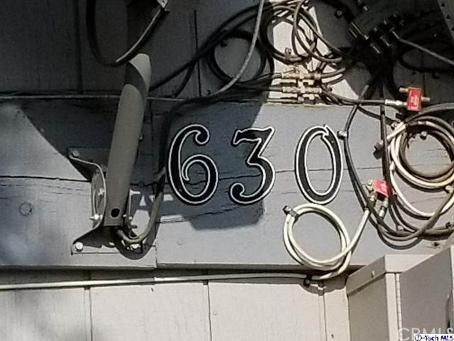630 E Houston Avenue, Visalia CA: http://media.crmls.org/medias/7106e896-fe84-46ca-b647-26a9e836ed9d.jpg