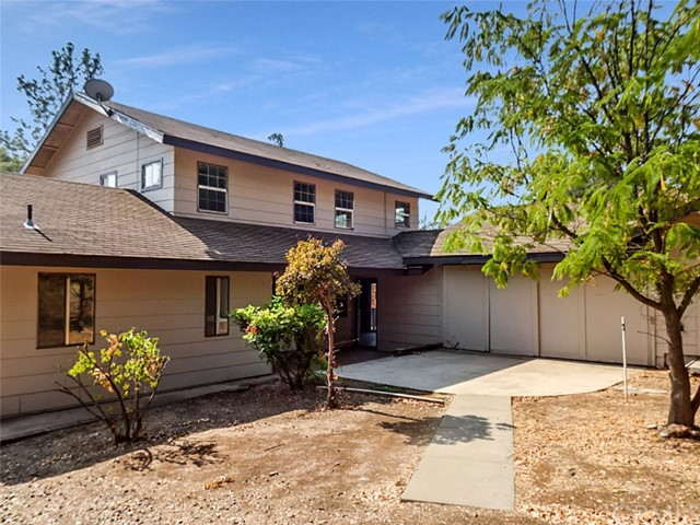 Detail Gallery Image 1 of 16 For 5651 Lillian Ln, Mariposa,  CA 95338 - 3 Beds | 2 Baths