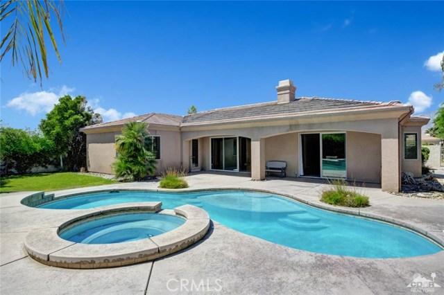 2 Orleans Road, Rancho Mirage CA: http://media.crmls.org/medias/7107e4ab-39a0-4eb7-ac96-1dbee33293a6.jpg