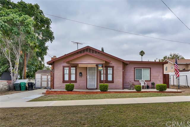 1511 S Belle Avenue Corona, CA 92882 is listed for sale as MLS Listing IG17188496