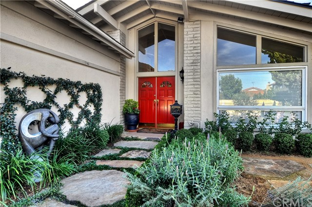 11334 Coriender Avenue, Fountain Valley, CA 92708, photo 3