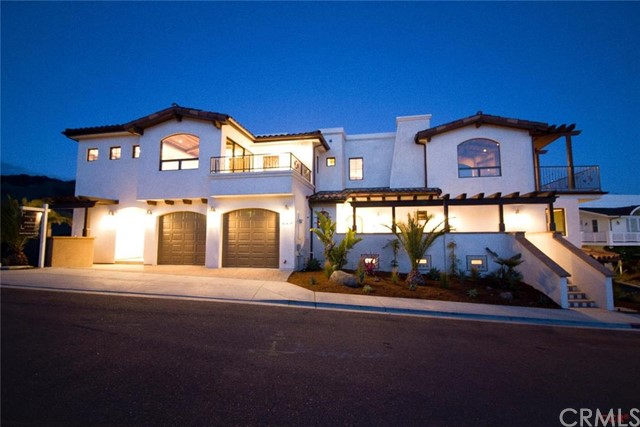 240 2nd 1 & 2, Avila Beach, CA 93424