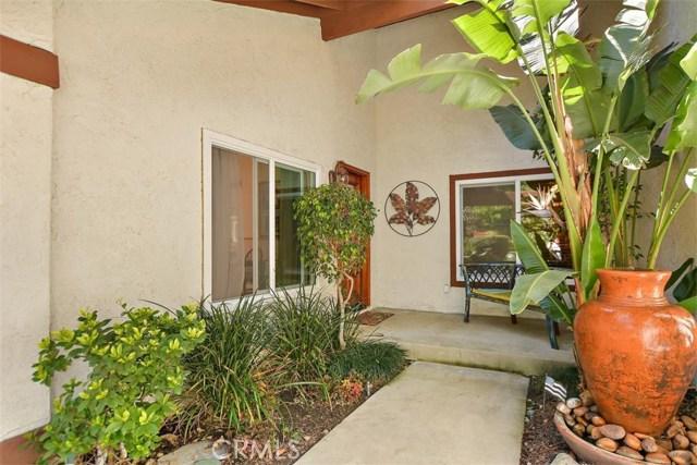 10425 Poplar Street, Rancho Cucamonga CA: http://media.crmls.org/medias/711ea51b-9820-40da-b6ca-c22d26ecf0d1.jpg