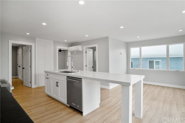 216 41st Street Manhattan Beach, CA 90266 - MLS #: SB18142811