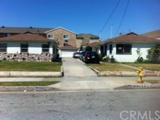 Single Family for Sale at 11447 Birch Avenue Hawthorne, California 90250 United States