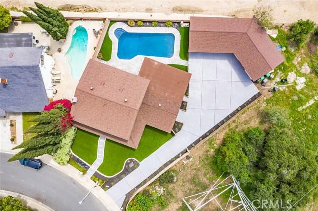1730 La Mesa Oaks Drive, San Dimas CA: http://media.crmls.org/medias/71409774-03ed-41d1-b890-ba85c2ceb3f3.jpg