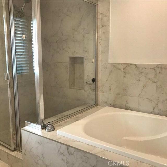 卧房个数: 3, 浴室个数 : 3.5