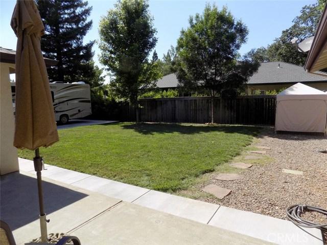 1992 Vallombrosa Avenue, Chico CA: http://media.crmls.org/medias/7144df5b-831d-4c49-93ae-2ce5116baac2.jpg